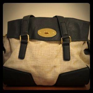 Urban Expressions Handbag/Tote